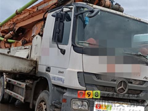 个人转让14年差4天中联奔驰49米泵车(三桥 6节臂 大排量 双油泵)
