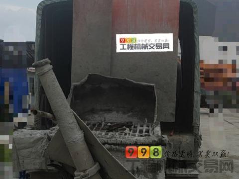 精品出售17年7月中联10022车载泵(1万8千方左右)