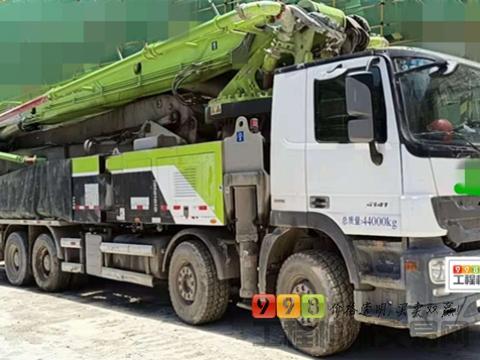 国五精品转让19年出厂中联奔驰56米泵车