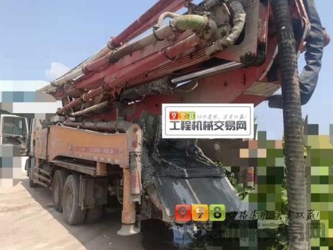 车主精品转让13年出厂三一奔驰49米泵车(北方一手车3桥叉腿龙象系列)