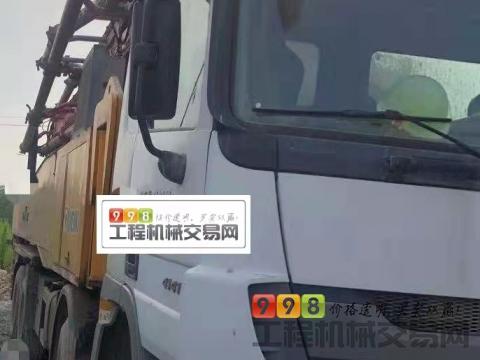精品出售13年徐工奔驰52米泵车