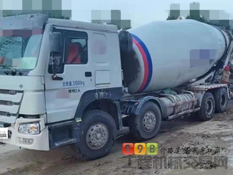 车主直售14年9月徐工豪沃18方搅拌车(天然气 国五)