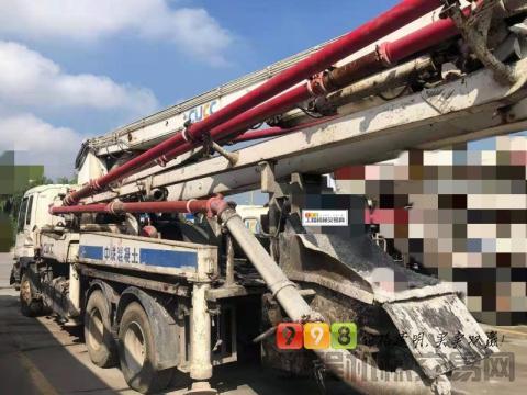 出售11年中联五十铃37米泵车