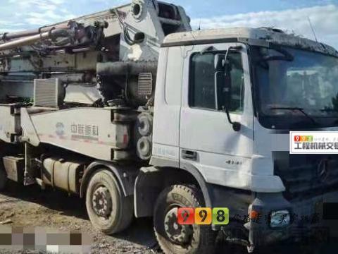 出售09年中联奔驰46米泵车