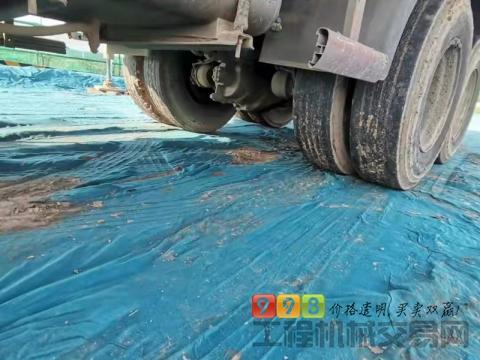 精品裸车出售11年三一五十铃48米泵车