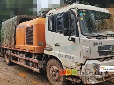 个人精品转让14年12月中联东风10018车载泵