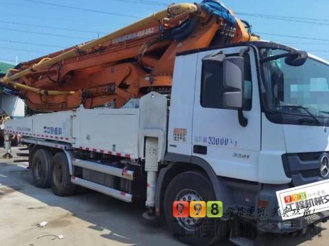 精品出售14年中联奔驰49米泵车(国四)