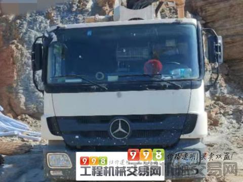 出售2012年中联奔驰47米泵车