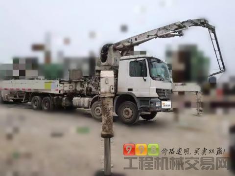 出售09年中联奔驰49米泵车