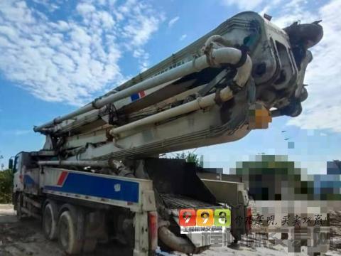 车主直售11年出厂中联奔驰47米泵车(大排量 双主油泵)(暂不出售)