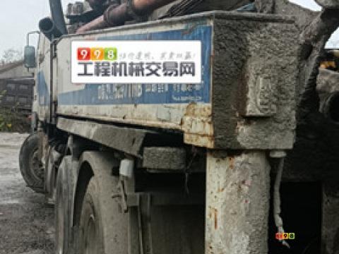 出售10年12月中联五十铃38米泵车